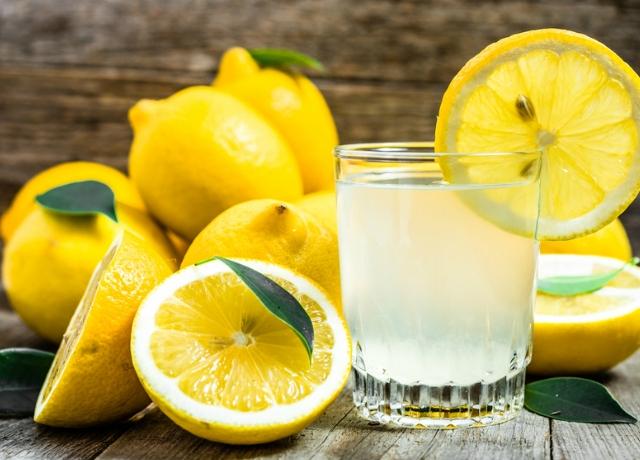 Citromos vizet iszol, hogy fogyj? Ezt érdemes elolvasnod!
