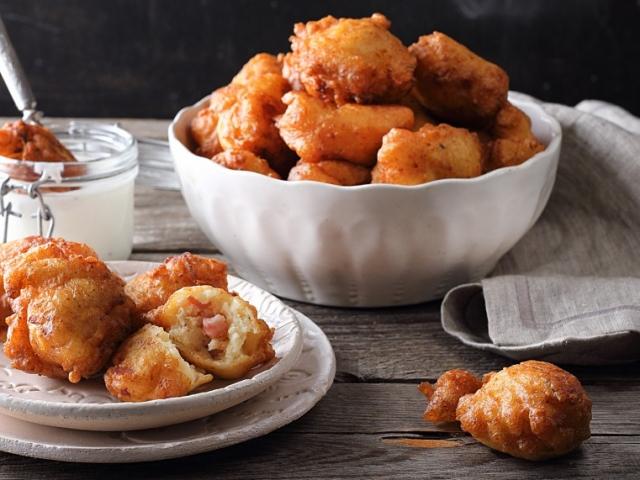 Süssünk szuperfinom sonkás krumplipuffancsot!