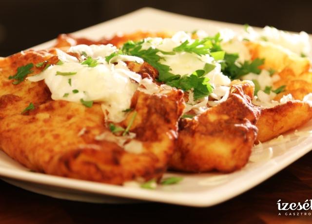 Kolbászos krumplilepény