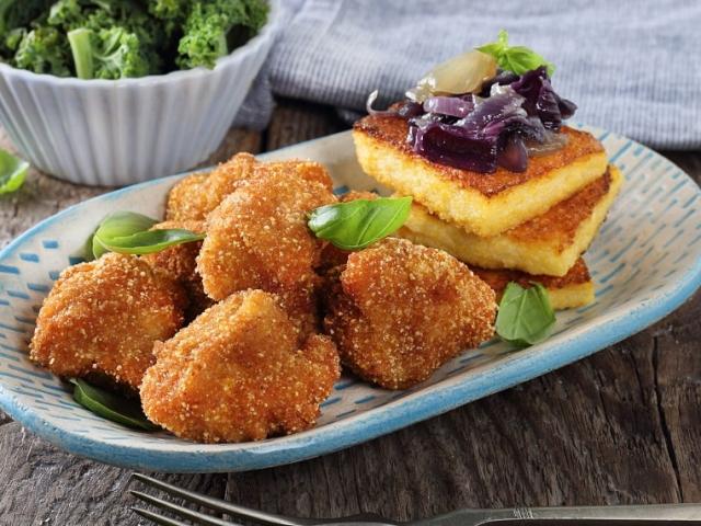 Mutatunk egy újabb csirkés receptet, amely nagyon finom és a hozzávaló alapanyagok sem drágák