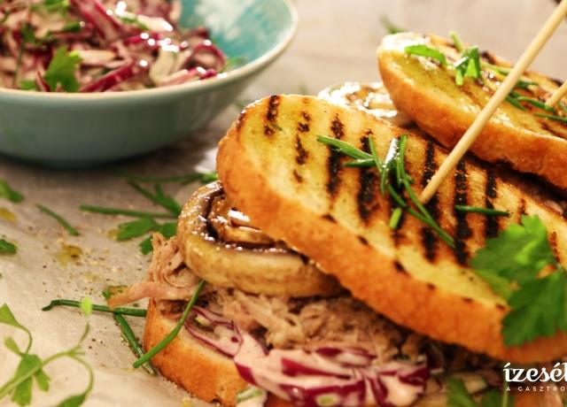 Pulled pork szendvics coleslaw salátával