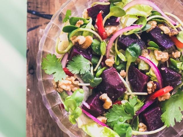 Gyors és könnyű saláta, felejthetetlen ízharmónia
