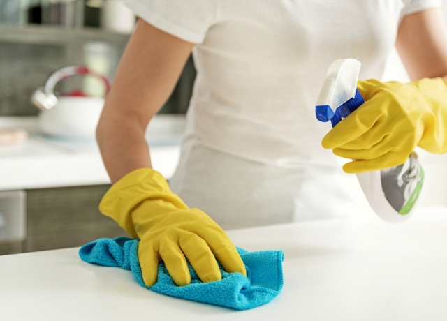 Milyen gyakran kell takarítani a konyhát?