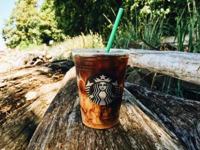 Starbucks-Vanilla_Sweet_Cream_Cold_Brew (3)