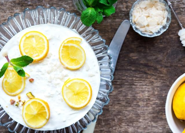 Könnyű, olcsó, sütést sem igényel: Citromimádók sajttortája