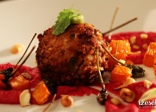 Kuszkuszos húsgolyók céklás humusszal