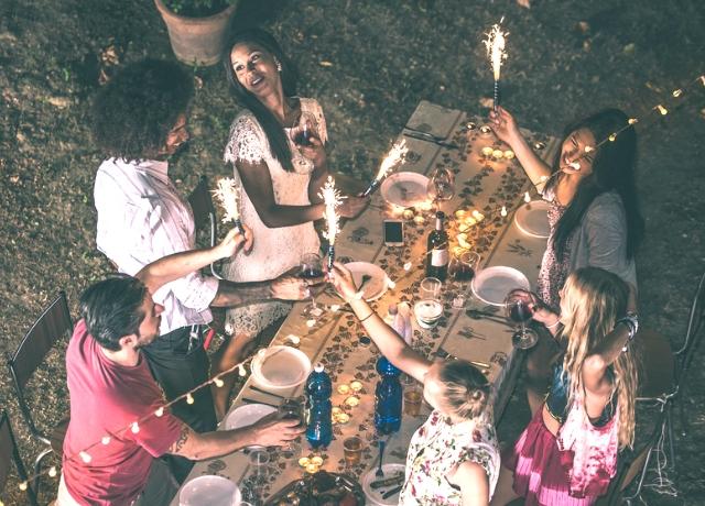 Így lehet egészségesebb egy kerti parti