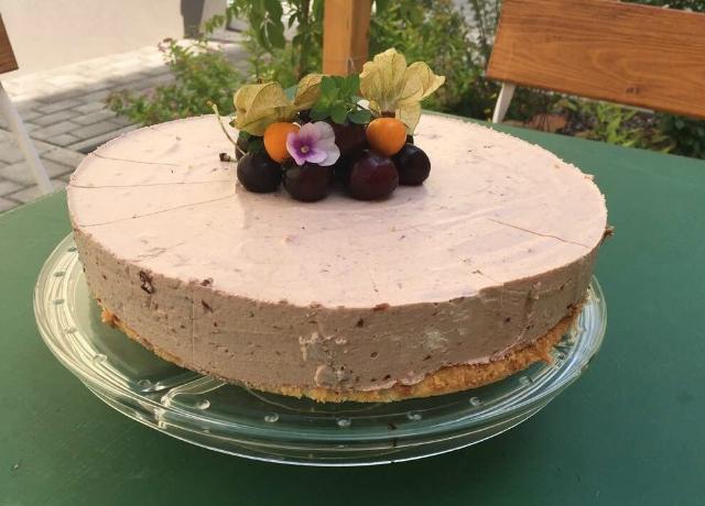 Ezt a sütit nagyon ajánlott elkészíteni! Könnyű, finom és most aktuális igazán!