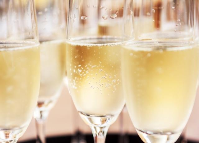 Nyomós okunk van arra, hogy minden nap pezsgőzzünk