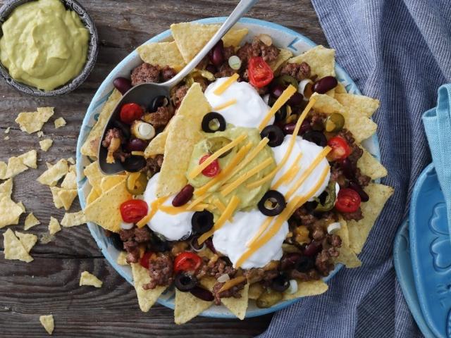 Ez a vendégváró snack tuti sikert jelent: nachos tál