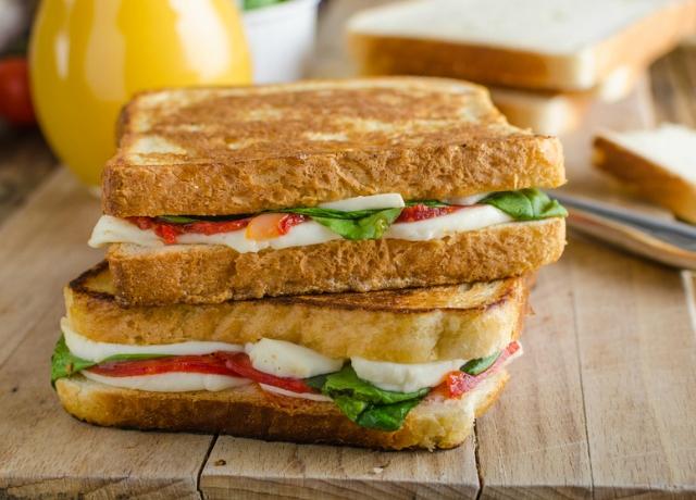 Hallottál már a fura nevű mozzakádó szendvicsről?