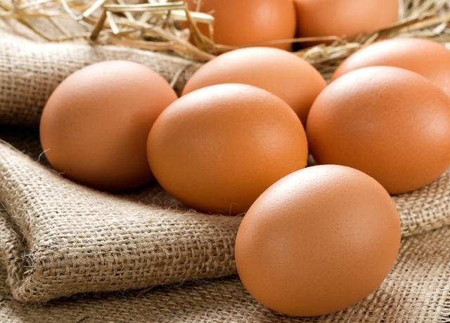 Süt, főz, nem szakács, mi az? Éljen a tojás!!