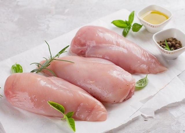 Így készül a legfinomabb csirkemell, amely omlós és lédús