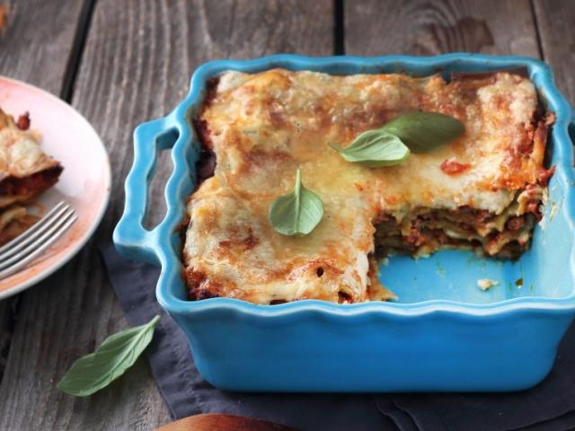 Így lehet még sokkal finomabb a lasagne húsos raguja! Recept!