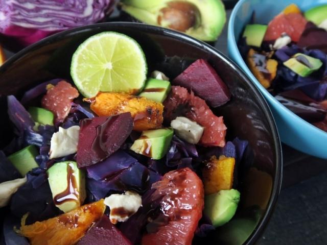 Különleges lilakáposzta saláta