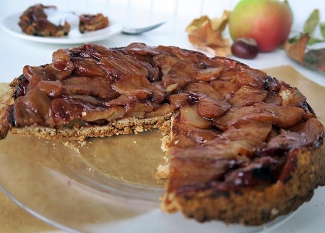 Karamellizált almatorta csökkentett kalóriatartalommal