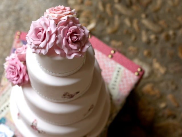 A legrosszabb dolgok, melyeket egy esküvői cukrásztól kérhetünk