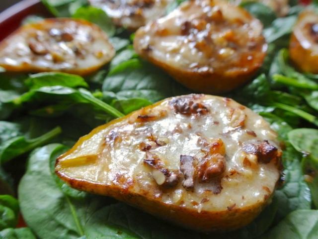 Pofonegyszerű és ízletes: körte sósan