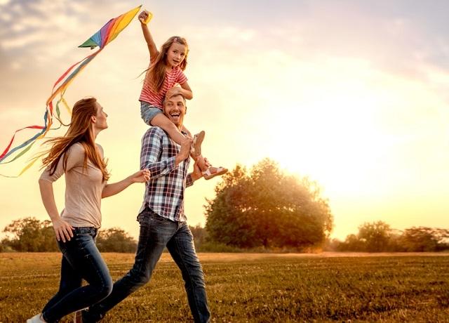 Ez a 9 dolog közös a boldog emberekben