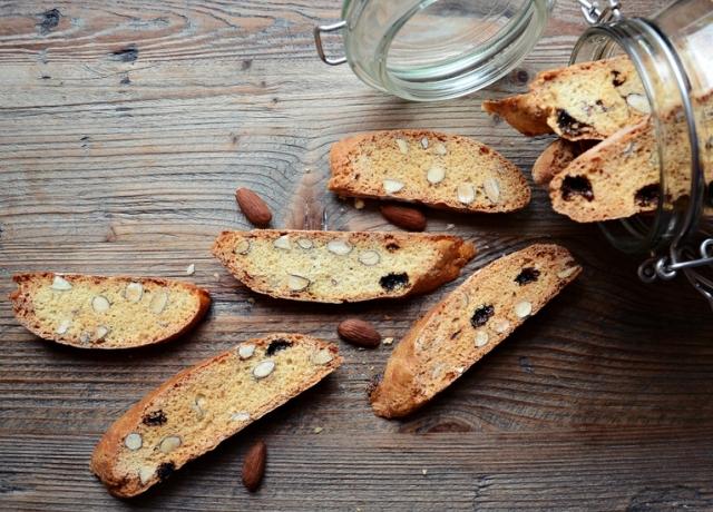 Mogyorós-datolyás biscotti