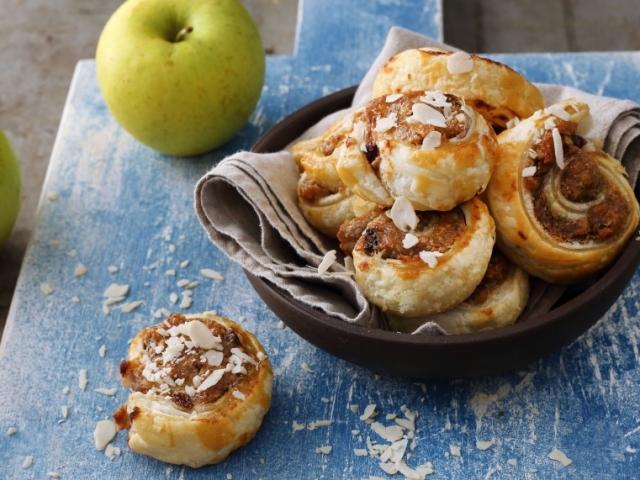 Reggelire egy expressz házi mogyorós-almás csiga?