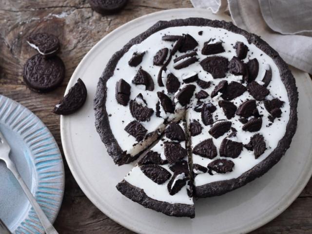 Sütés nélküli Oreo kekszes pite
