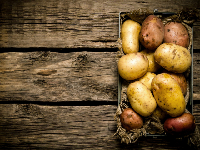 Hogyan válasszunk burgonyát? Melyik jó sütni, melyik főzni, és melyikből legyen saláta?