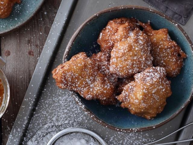 Kínai desszert vacsora után: ötfűszeres almafánk