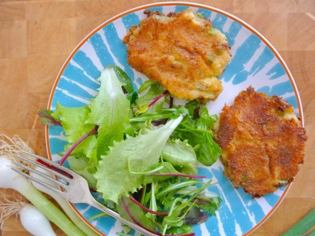 Irány a tavasz: krumplifasírt újhagymával
