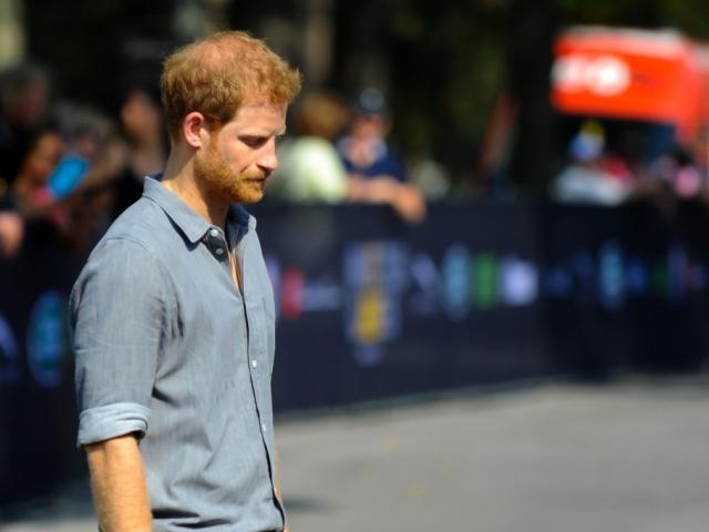 Harry herceg így tesz helyre egy séfet