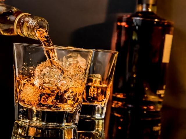 Piacra kerül a Trónok Harca whisky