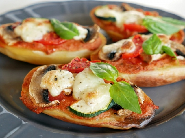 """Burgonya """"pizza"""