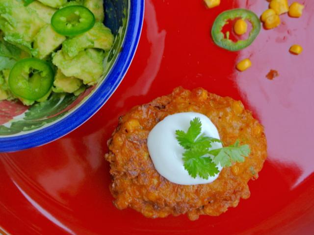 Kukorica fritter avokádó salsával