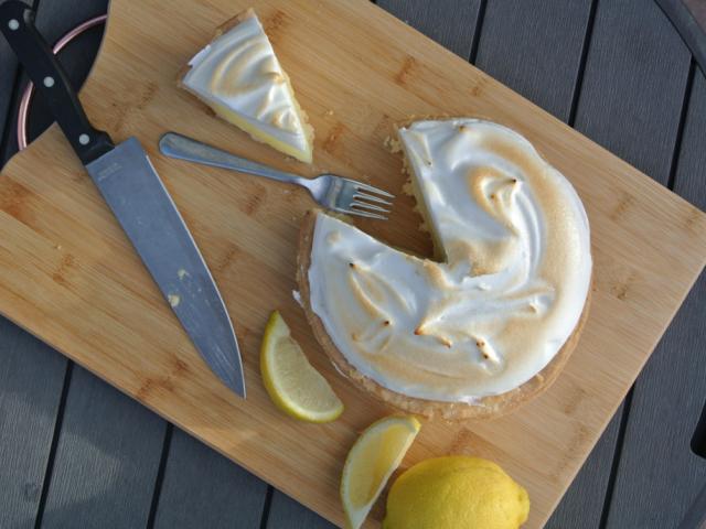Lemon meringue pite