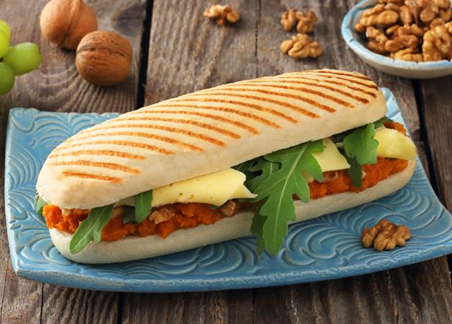 Sütőtökkrémes szendvics Ammerländer Tilsiter sajttal