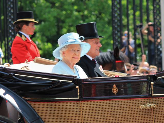 Ezt adja II. Erzsébet a személyzetnek karácsonyra