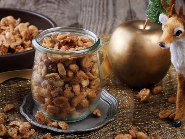 Karácsonyi fűszeres dió és mogyoró