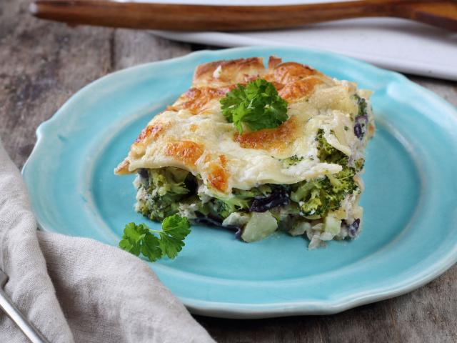 Halas-brokkolis lasagne