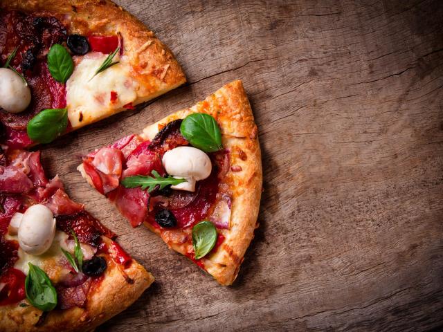 Pizza reggelire? Mutatjuk a dietetikus véleményét