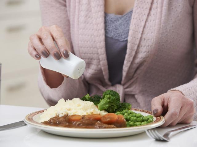 Hogyan együnk kevesebb sót?