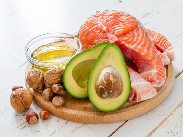 Vajon mennyi zsírt kellene fogyasztanunk?