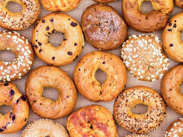 A nagy bagel sztori: de miért került lyuk a süti közepére?