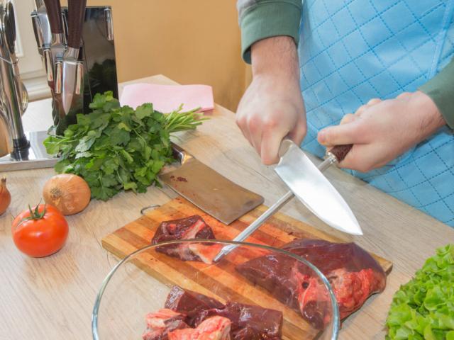 Veszély a konyhában: legyünk óvatosak, ha ezeket a tisztítószereket és eszközöket használjuk!