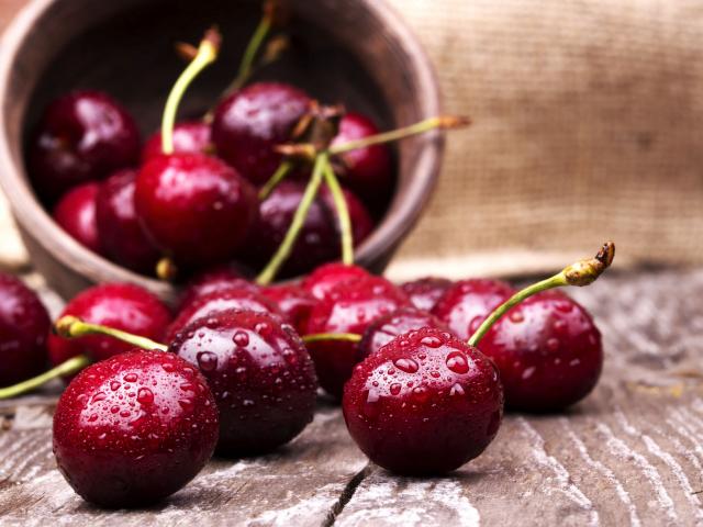 Érik a ropogós cseresznye! Fogyasszunk belőle sokat, finom és egyben egészséges is!