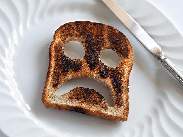 Mennyire egészségtelenek az odaégett ételek?