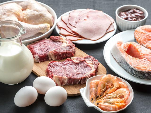 Túlehetjük magunkat fehérjével?