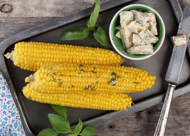 Fűszervajas kukorica