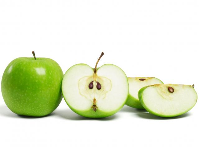 Álhír vagy sem? Tényleg halálos lehet az alma magja?