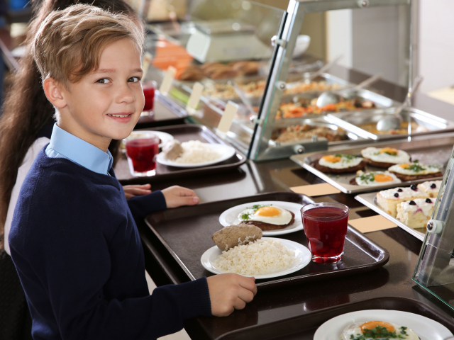 Sulimenza a világ minden tájáról – így ebédelnek külföldön a nebulók
