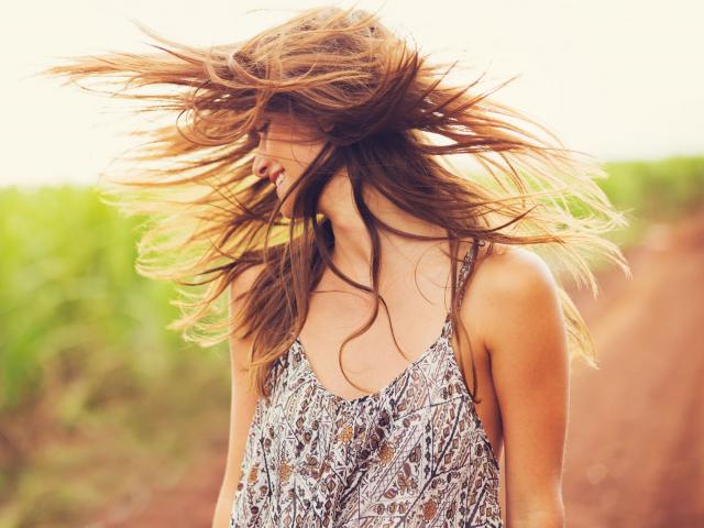 Csak természetesen – ezektől az élelmiszerektől gyorsabban nőhet a hajunk